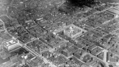 Belfast in 1923, with Linen Quarter in bottom half of photograph