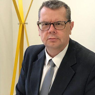Dr Ken Bishop